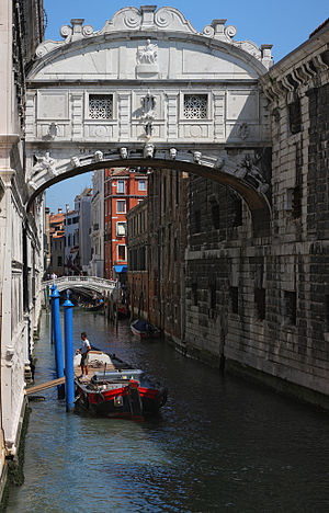 Ponte dei Sospiri - the Bridge of Sighs - in V...