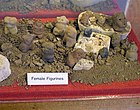 Poverty Point female figurines HRoe 2009.jpg
