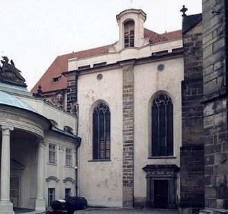 All Saints Church (Prague Castle) - Image: Pra Hrad Kostel Vsech Svatych 01