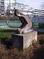 Praha Kosire Weberova 1 socha.jpg