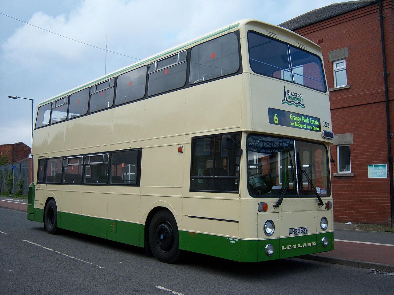 File:Preserved Blackpool Transport bus 353 (UHG 353Y) 1982 Leyland ...