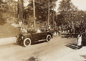 The Royal Canadian Dragoons - Escorting the Prince of Wales (1919)