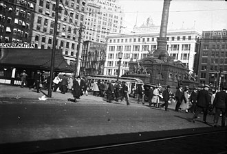 Cleveland crime family - Cleveland's Public Square, 1930.