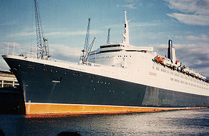 Queen Elizabeth 2 - QE2 in Southampton, 1976.