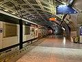 Quais RER E Gare Magenta Paris 6.jpg