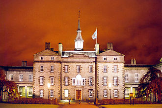 "Robert Gordon's College - The ""Auld Hoose"" of Robert Gordon's College, by night"