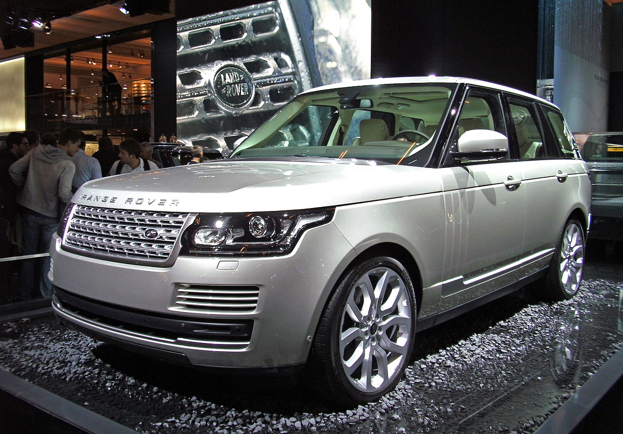 Range Roovers 2017 >> File:Range Rover 4th generation Paris Motor Show 2012.JPG - Wikimedia Commons