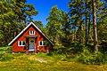 Red swedish cottage, Fjärdlång, Stockholm (Sweden) - panoramio.jpg