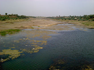 Purna River (tributary of Tapti) - River Purna at Manegaon