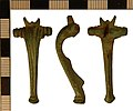Roman Colchester Derivative Brooch from Fridaythorpe (FindID 541837).jpg