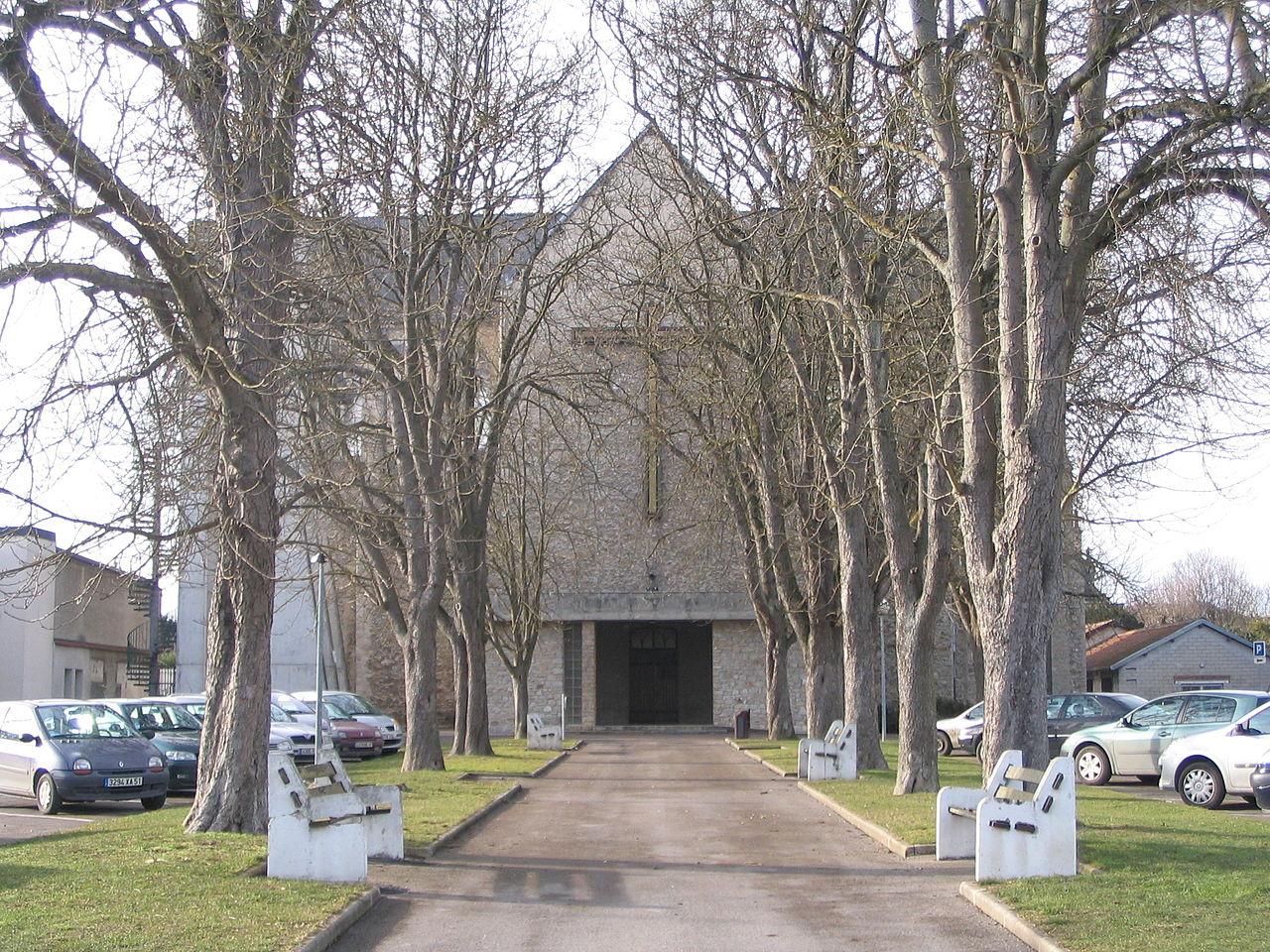 Romilly-sur-Seine - Église Saint-Martin - 1.jpg
