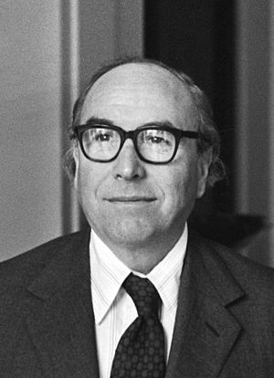 Labour Party (UK) leadership election, 1976 - Image: Roy Jenkins 1977b