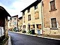 Rue principale du village de Espirat.jpg