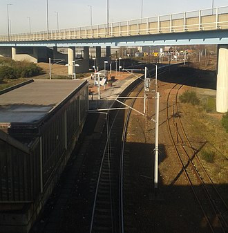 Rutherglen railway station - Platform viewed from east walkway