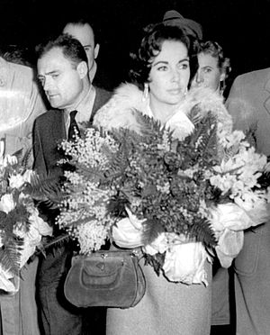 Mike Todd - Todd with Elizabeth Taylor in Belgrade