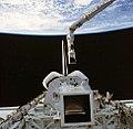 STS51G-35-053.jpg