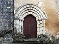 Saint-Crépin-de-Richemont église portail (1).JPG