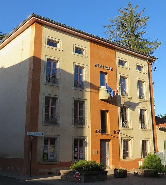 Mairie de Saint-Paulien (Haute-Loire, France).