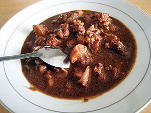 Batak cuisine - Saksang, pork cooked in spices and its own blood