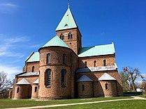 Sankt Bendts Kirke.jpg