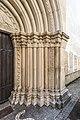Sankt Veit an der Glan Stadtpfarrkirche hl Dreifaltigkeit W-Portal Säulen rechts 18052018 3283.jpg
