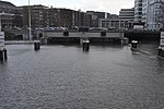 Schaartorschleuse (Hamburg).Ablaufendes Morgenhochwasser 06.12.2013.1.ajb.jpg