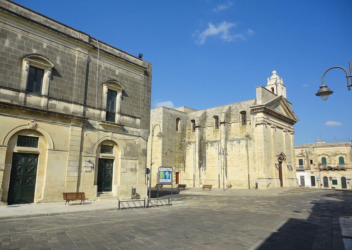 La Credenza Lecce : Meglio di libreria lecce le migliori idee per la casa re
