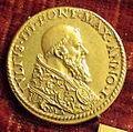 Scuola romana, medaglia di giulio III, 1550, oro.JPG