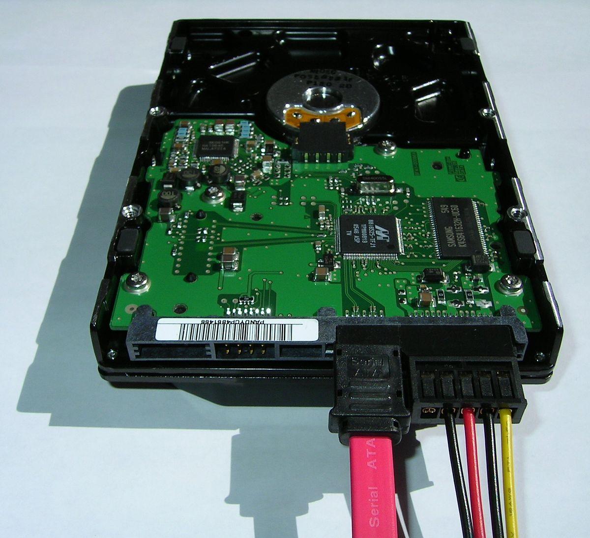 Serial ATA hard disk connected.jpg