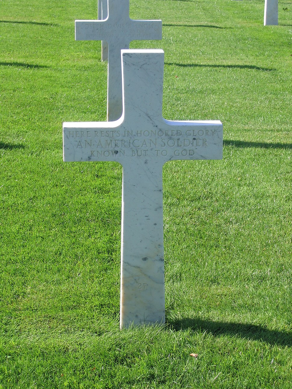 Seringes-et-Nesles Oise-Aisne American Cemetery - Unknown Soldier