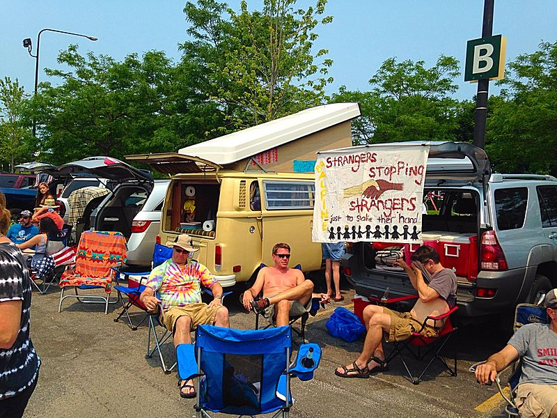 File:Shakedown St - GD50 - Fare Thee Well -Grateful Dead - Chicago 2015.jpg