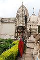 Shantinath Jain Temple Khajuraho 07.jpg