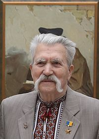 200px-Shevchenko_National_Prize_award_ceremony_2016_Levko_Lukyanenko_cropped.jpg