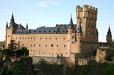 Side view of the Alcazar in Segovia.jpg