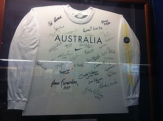 Australia at the 2000 Summer Olympics - Image: Signed t shirt by the Australian 2000 Summer Olympic rowing team