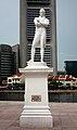 Sir stamford raffles statue singapore.jpg