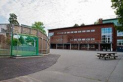 Slemdal skole - 2010-08-07 at 18-31-56.jpg