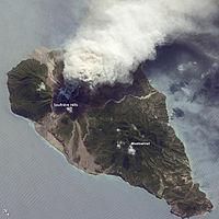 Soufrière 2009 eruption.jpg
