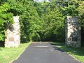 Squire's Glen Farm gates.jpg