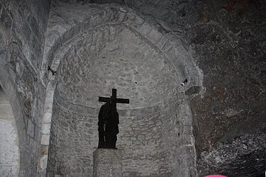 St. Helen statue in Grotto of the Cross, Holy Sepulchre 2010.jpg