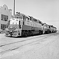 St. Louis-San Francisco, Diesel Electric Road Switchers Nos. 432 and 823 (20284553543).jpg