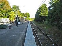 St Albans Abbey railway station in 2009.jpg