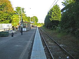 St Albans Abbey railway station in 2009.jpg