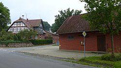 Stadorf - Bauernhaus und Freiwillige Feuerwehr.jpg