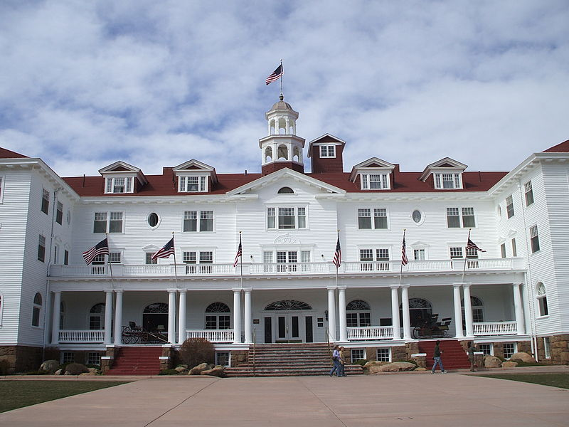 File:Stanley Hotel in Estes Park, Colorado.jpg