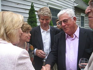 Richard Ravitch - Ravitch with US Senator Kirsten Gillibrand and Cy Vance at a 2009 fundraiser