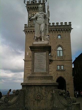 Murata (San Marino) - Image: Statua della Libertà