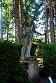 Statue dans le parc.jpg