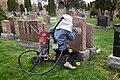 Stone Engraver, Graveur de pierre tombale.jpg