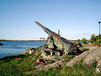 203 mm 50 caliber Pattern 1905 - A Pattern 1905 gun in Suomenlinna fortress, Helsinki. Manufactured by the Obukhov factory in 1909.